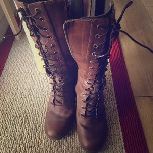 Timberland tall lace up boots 9.5
